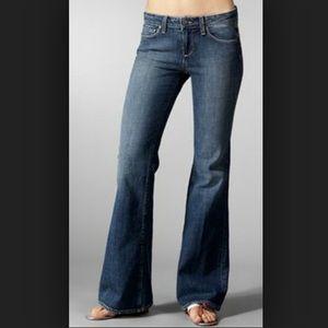 NWOT PAIGE Robertson Jeans